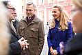 Nīderlandes Karalistes vēstniecības dāvāto tulpju 'Latvija' stādīšana pie Saeimas nama (22502755988).jpg