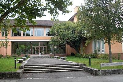 Neue Kantonsschule Aarau 2010.jpg