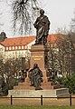 Neues Denkmal von Felix Mendelssohn Bartholdy - panoramio.jpg