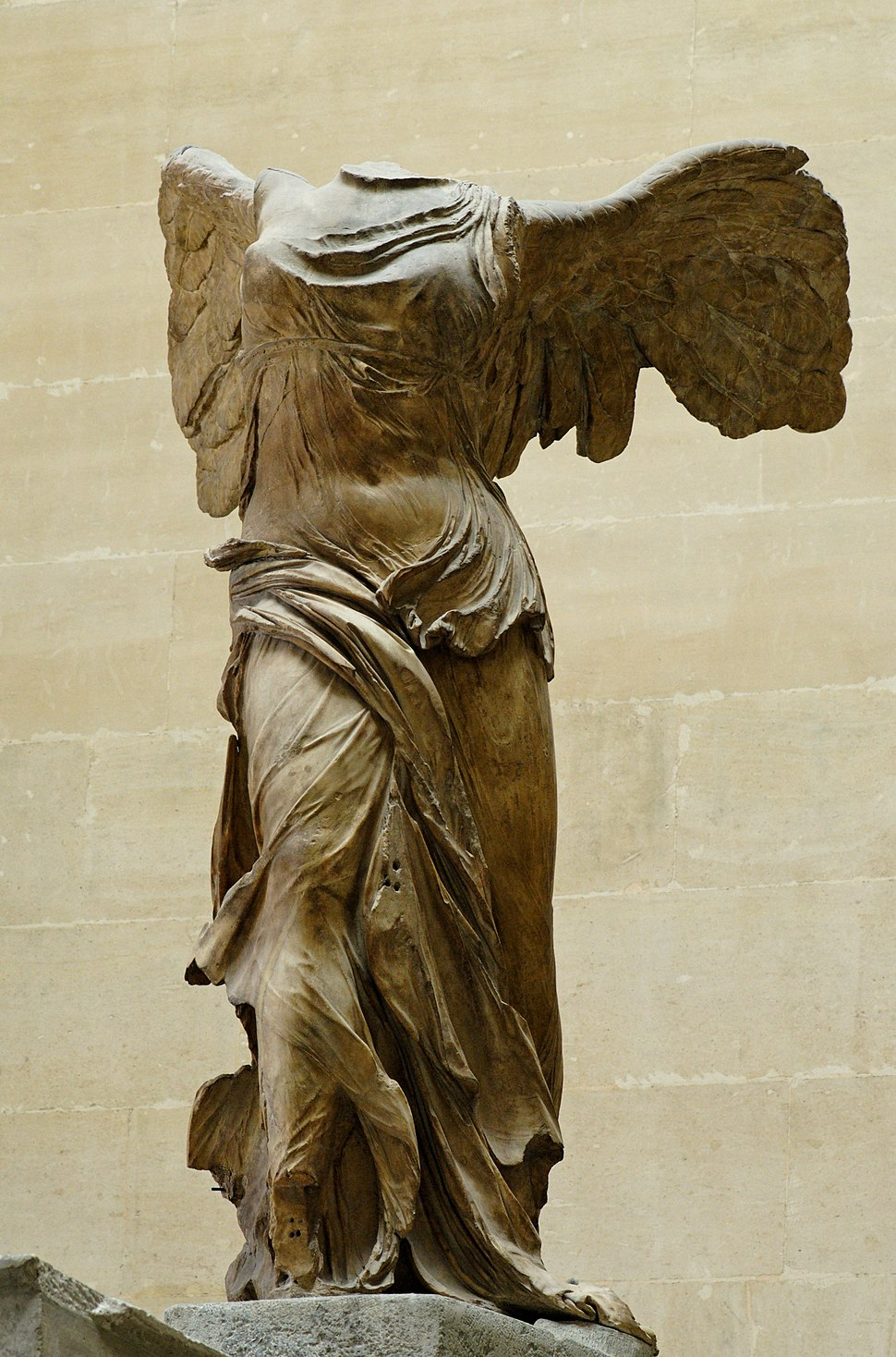 Nike of Samothrake Louvre Ma2369