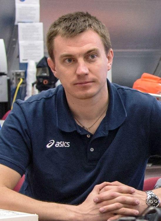 Николай Тихонов, космонавт-испытатель http://astronaut.ru/as_rusia/2005/text/tichonov01.htm