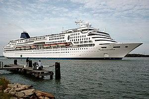 SuperStar Gemini - Norwegian Dream departing Galveston Bay.