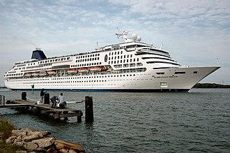 SuperStar Gemini (2012) - Norwegian Dream departing Galveston Bay.