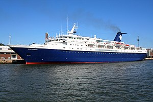 Majestic International Cruises - Image: Ocean Countess Helsinki 2010 07 05