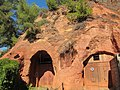 Ochre Mine, Roussillon - panoramio.jpg