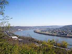 Ohio River From Eden Park Cincinnati Oh (184539763).jpeg