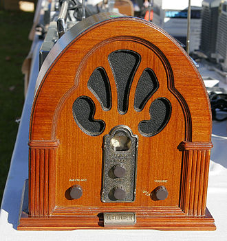 """Bush (brand) - Bush brand reproduction of the Philco model 90 """"cathedral radio"""" of 1931, a design icon of early radio, and the most recognised cathedral design sets"""