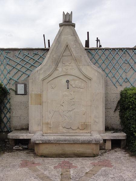 Ollezy (Aisne) fontaine