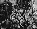 Operation Globetrotter bij Kaap Sansapar. Nederlandse en Indonesische militairen, Bestanddeelnr 935-3622.jpg