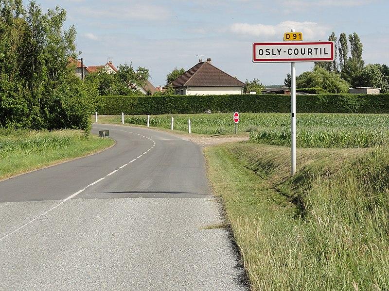 Osly-Courtil (Aisne) city limit sign
