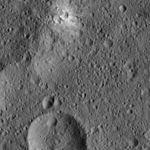 PIA20305-Ceres-DwarfPlanet-Dawn-4thMapOrbit-LAMO-image15-20151223.jpg