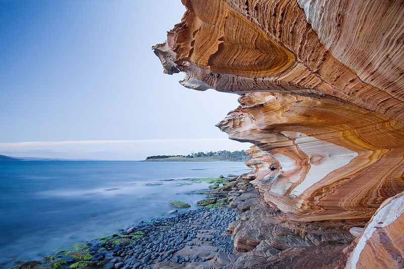 File:Painted Cliffs.jpg