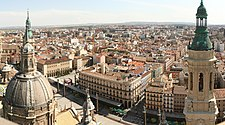 Panorama of Zaragoza from the top of the cathedral (3847901093).jpg