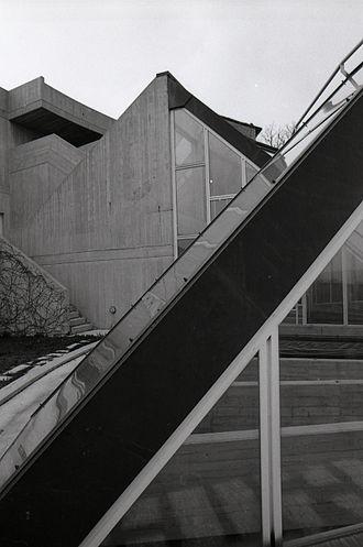 Giancarlo De Carlo - Faculty of Education, Urbino. Photo by Paolo Monti, 1982.