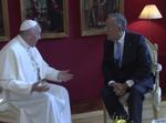 Papa Francisco e Marcelo Rebelo de Sousa, na Base Aérea de Monte Real (12 de Maio de 2017).png