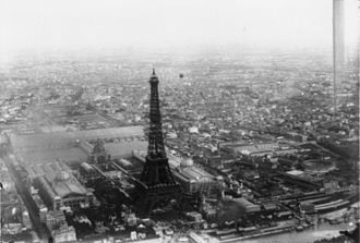 7th arrondissement of Paris - Exposition Universelle in 1889, the entrance arch is known as the Eiffel Tower