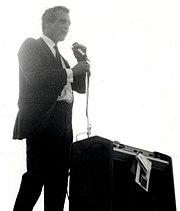 Paul Newman nel Wisconsin per la campagna elettorale del senatore democratico Eugene McCarthy