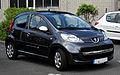 Peugeot 107 70 Urban Move (Facelift) – Frontansicht (1), 17. Juli 2011, Ratingen.jpg