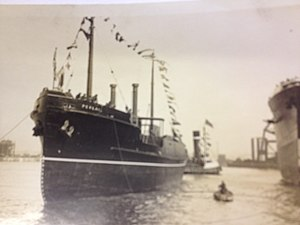 SS Peveril (1929) - Image: Peveril follwing her launch