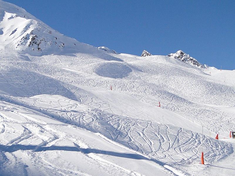 File:Peyragudes - panoramio.jpg