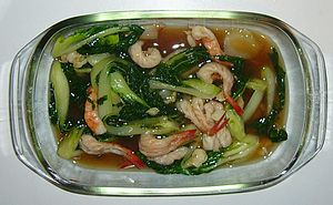 English: Phat Phak Kung, stirfried vegetables ...