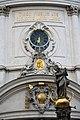 Piaristenkirche Maria Treu Wien 2014 22 Mariensäule.jpg