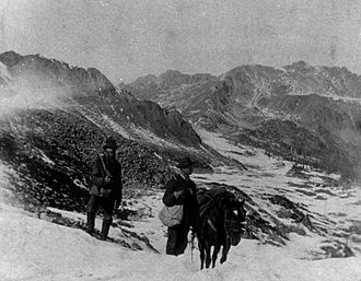 Pike's Peak Gold Rush - Gold prospectors in the Rocky Mountains of western Kansas Territory