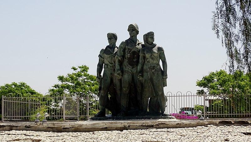 אנדרטת המגינים בקיבוץ נגבה