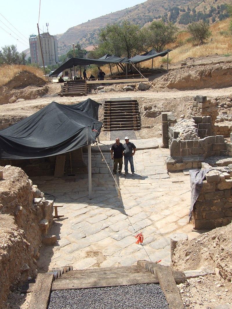 טבריה חפירות שער העיר