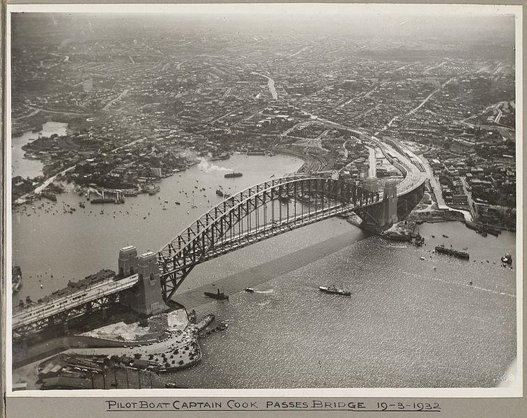 File:Pilot boat Captain Cook passing under Sydney Harbour Bridge, 19 March 1932 (6174057402).jpg