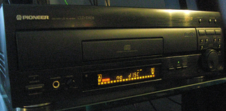 Pioneer CLD-D703 LaserDisc player