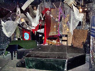Piwnica pod Baranami - The stage of the Piwnica pod baranami