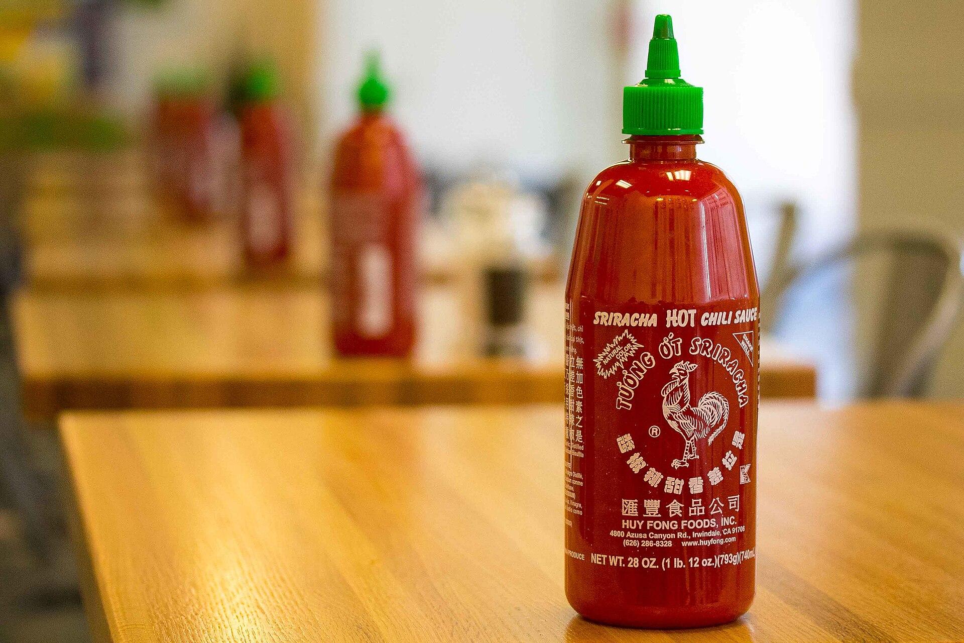 Sriracha sauce (Huy Fong Foods) - Wikipedia