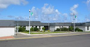 Pobalscoil Ghaoth Dobhair - Front entrance to Pobalscoil Ghaoth Dobhair