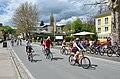 Poertschach Hauptstrasse Franzl Einkehr Radfahrer 28042013 222.jpg