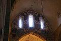 Policromías sobre el arco que hay encima del altar (15993040635).jpg