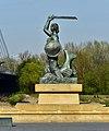 Pomnik Syreny w Warszawie na Powiślu 2019.jpg