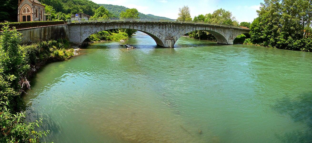 Bridge over the river Garonne in Miramont-de-Comminges, France.