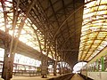 Prag Hauptbahnhof Zughalle.JPG