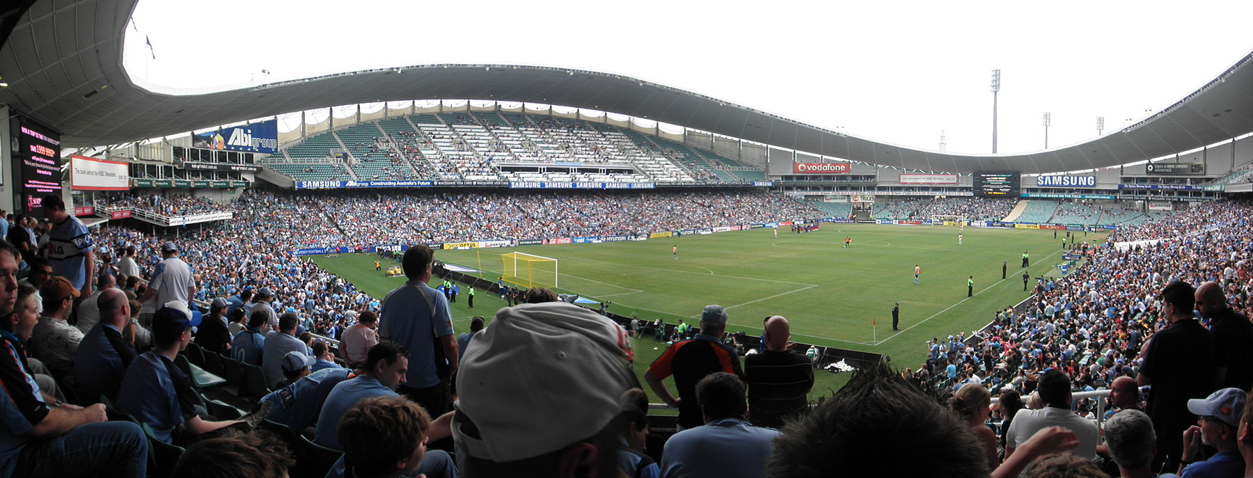 Allianz Stadium prior to Sydney FC defeating Melbourne Victory 2–0 to win the 2009–10 Hyundai A-League Premiership in front of 25,407 fans Pre-Game Sydney FC 2-0 Melbourne Victory Round 27 14.02.2010.JPG