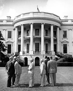 White House Reconstruction - President Truman and the Committee for the Renovation of the Executive Mansion, 1949