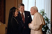 President Ronald Reagan and Nancy Reagan meet with Pope John Paul II at the Vatican Library