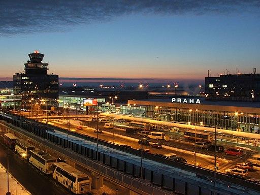 Der Flughafen Prag Ruzyne - Foto: Hynek Moravec / Wiki Commons