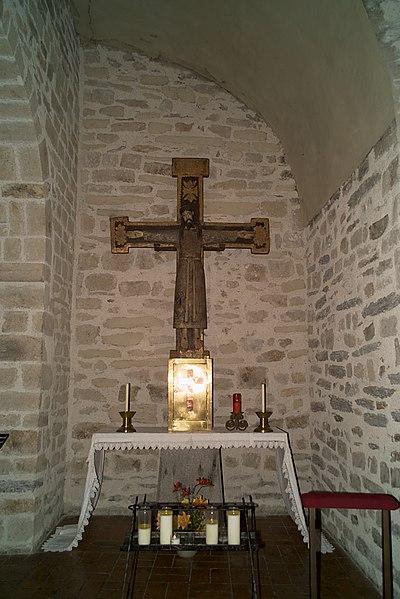 Statue dite Santa Majestat, Christ vêtu, Chapelle de la Trinité, Prunet-et-Belpuig (Pyrénées-Orientales, Languedoc-Roussillon, France)