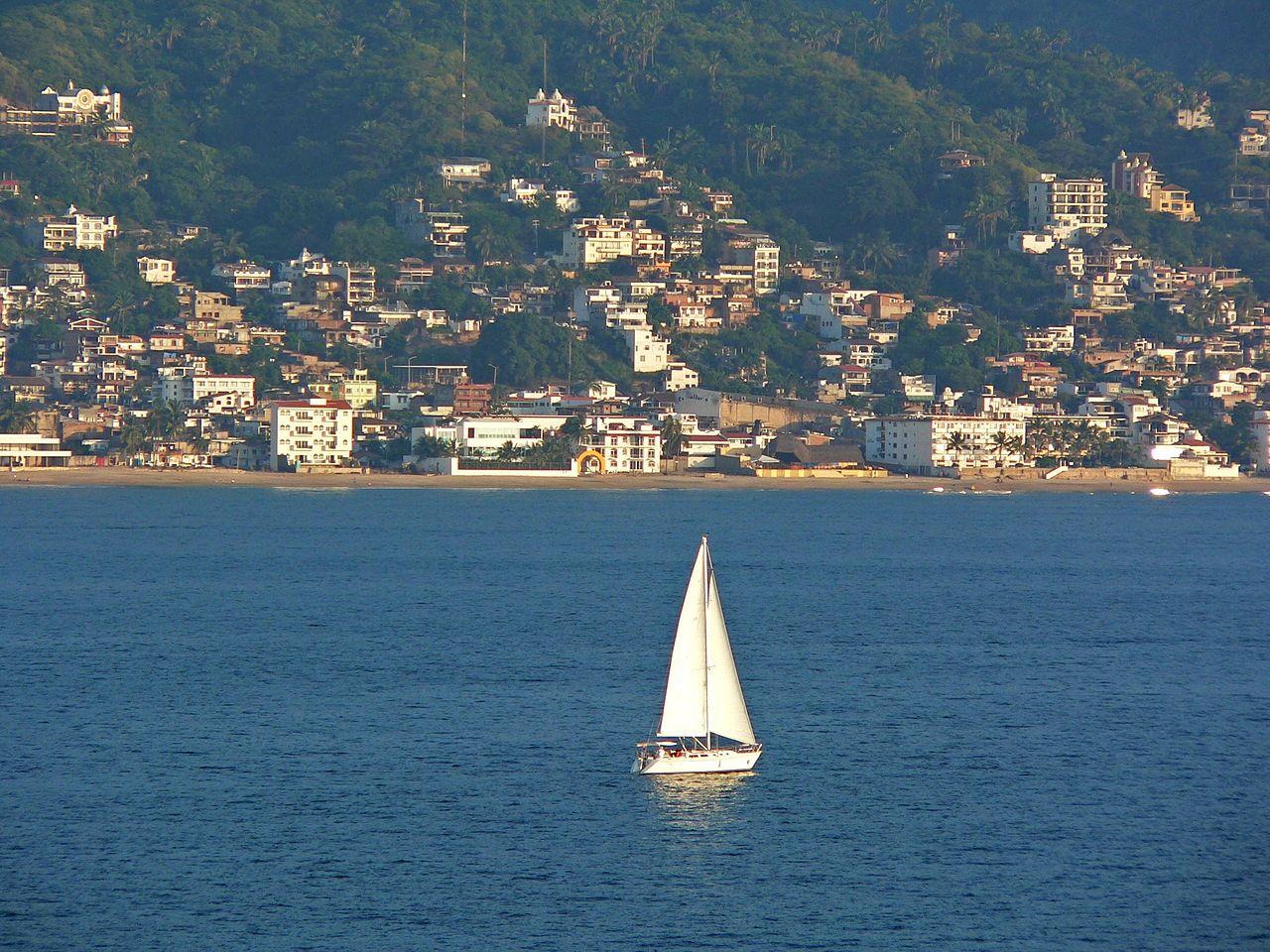 Puerto Vallarta sailing