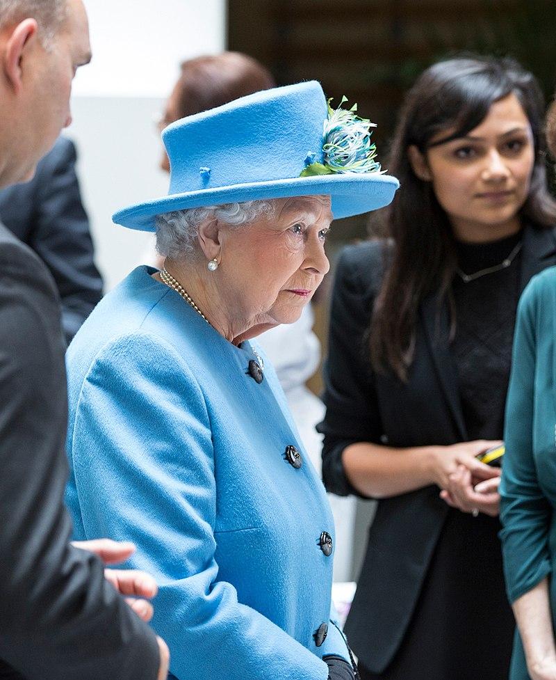 Queen Elizabeth II 2015 HO3.jpg
