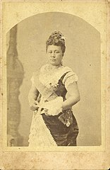 Queen Kapiolani, cabinet card by Menzies Dickson, Manu Antiques.jpg