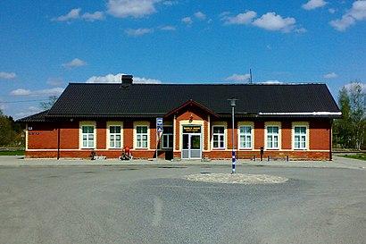 Kuidas ühistranspordiga sihtpunkti Rapla raudteejaam jõuda - kohast