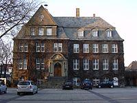 Rathaus Holzwickede.jpg