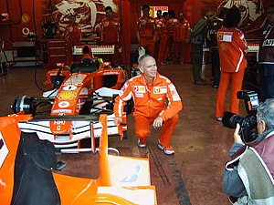 Rory Byrne - Rory Byrne with Michael Schumacher's car for the 2005 F1 Season